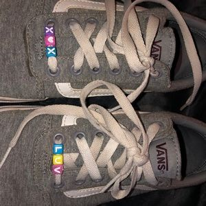 vans super cute beaded lace (can take off beads)
